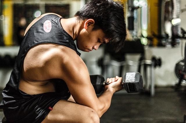 Soll ich an Trainingstagen mehr essen?